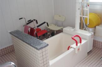 介助浴室新設